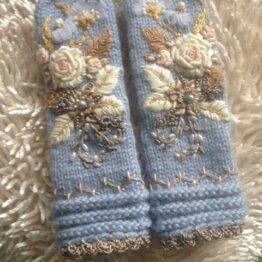 SPECIAL HANDMADE GLOVES and MITTENS WITH EMBROIDERY .